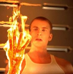 Memanipulasi Api Dalam Tubuh Firestarter