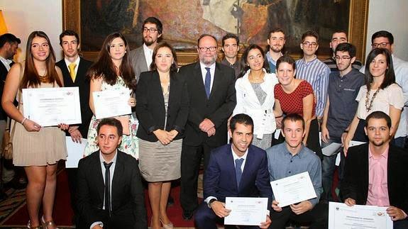 Varios de los emprendedores premiados por la Universidad de Granada