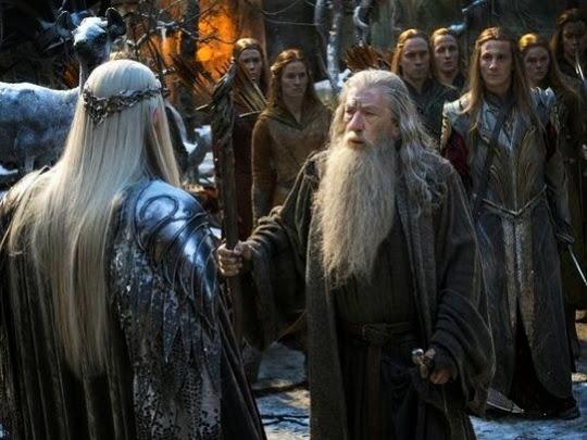 """Thrandruil y Gandalf en """"El Hobbit: La Batalla de los Cinco Ejercitos"""""""