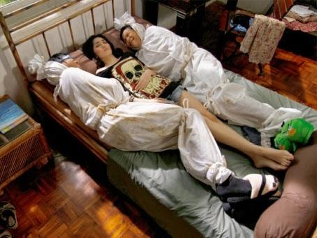 Gambar Hantu Lucu Pocong Jpg