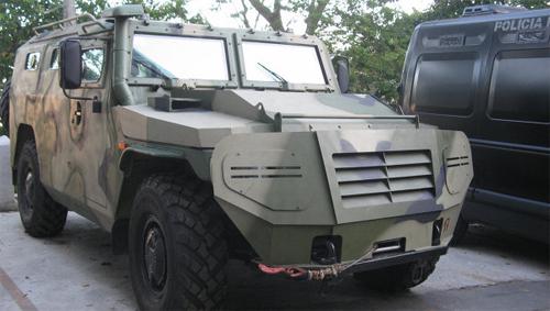 """Veículos blindados russos """"Tigr"""" ajudarão a polícia brasileira na Copa do Mundo de 2014 e nas Olimpíadas de 2016"""
