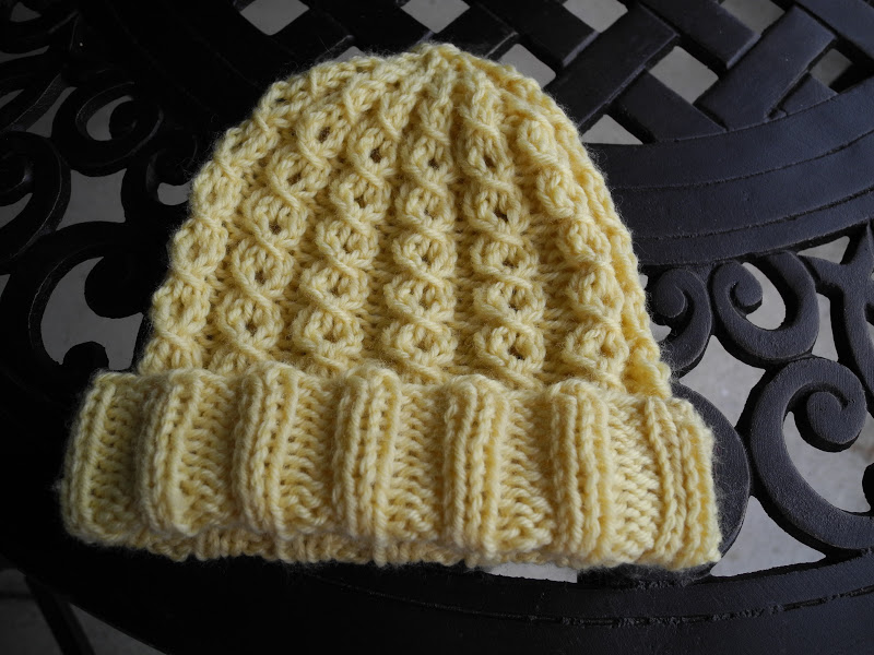 How To Knit A Baby Hat With Two Needles Yellowing