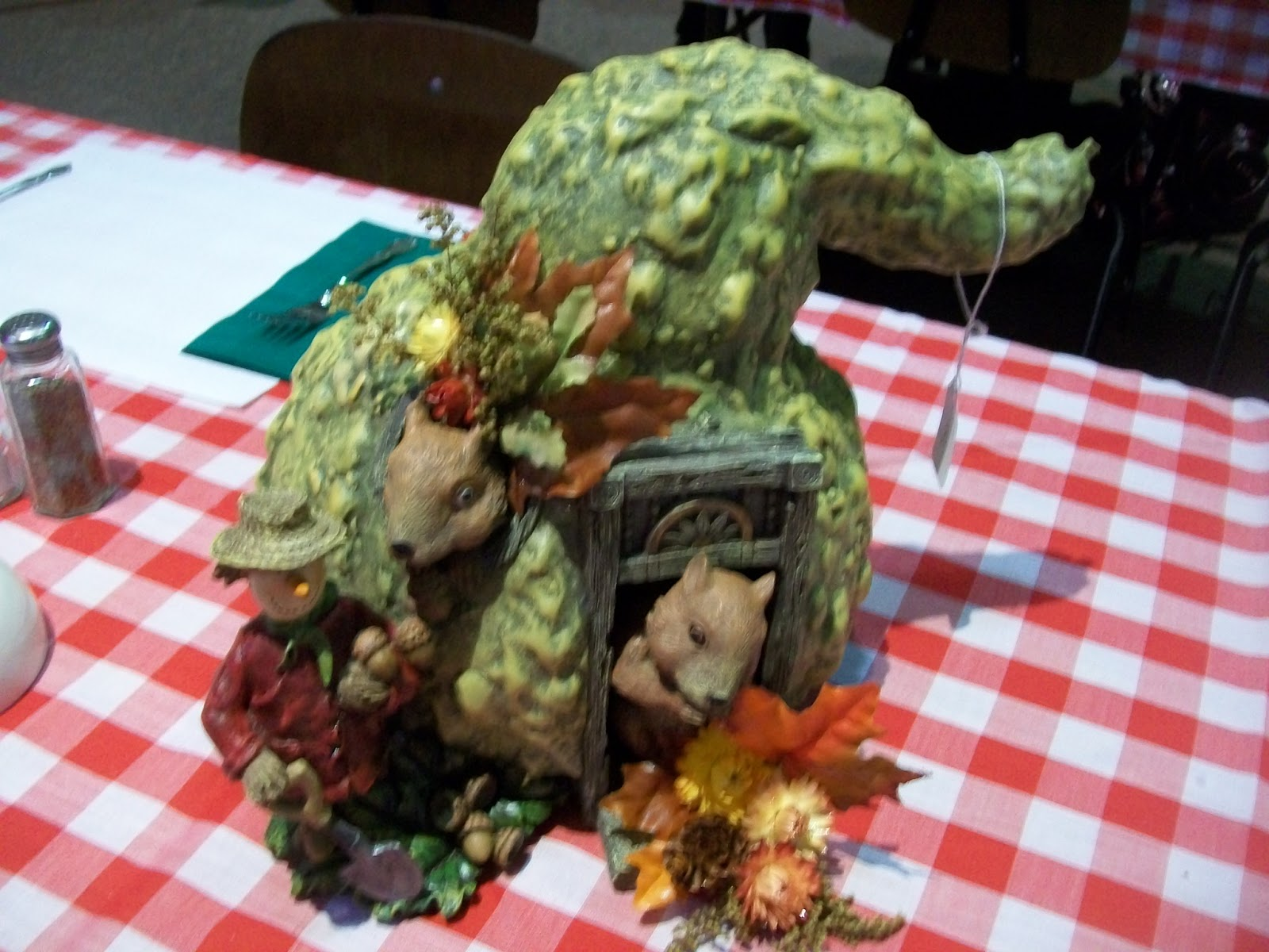 Michigan Cottage Cook CENTERPIECE IDEAS FOR FALL AND CHRISTMAS FROM