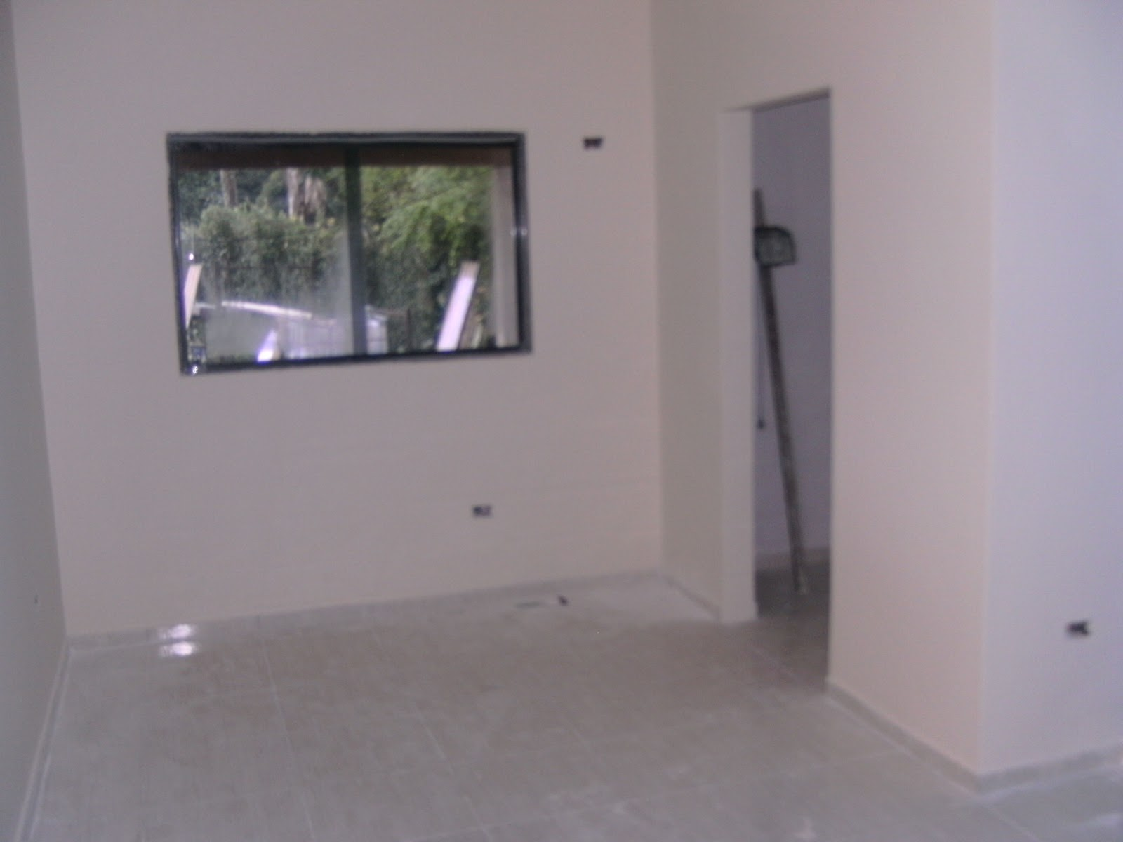 simples uma suite simples e uma suite com closet um banheiro social #5D624E 1600 1200