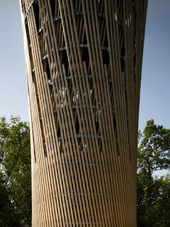 Arquitectura zona cero m s madera birk und heilmeyer for Old ben franklin motors oak ridge
