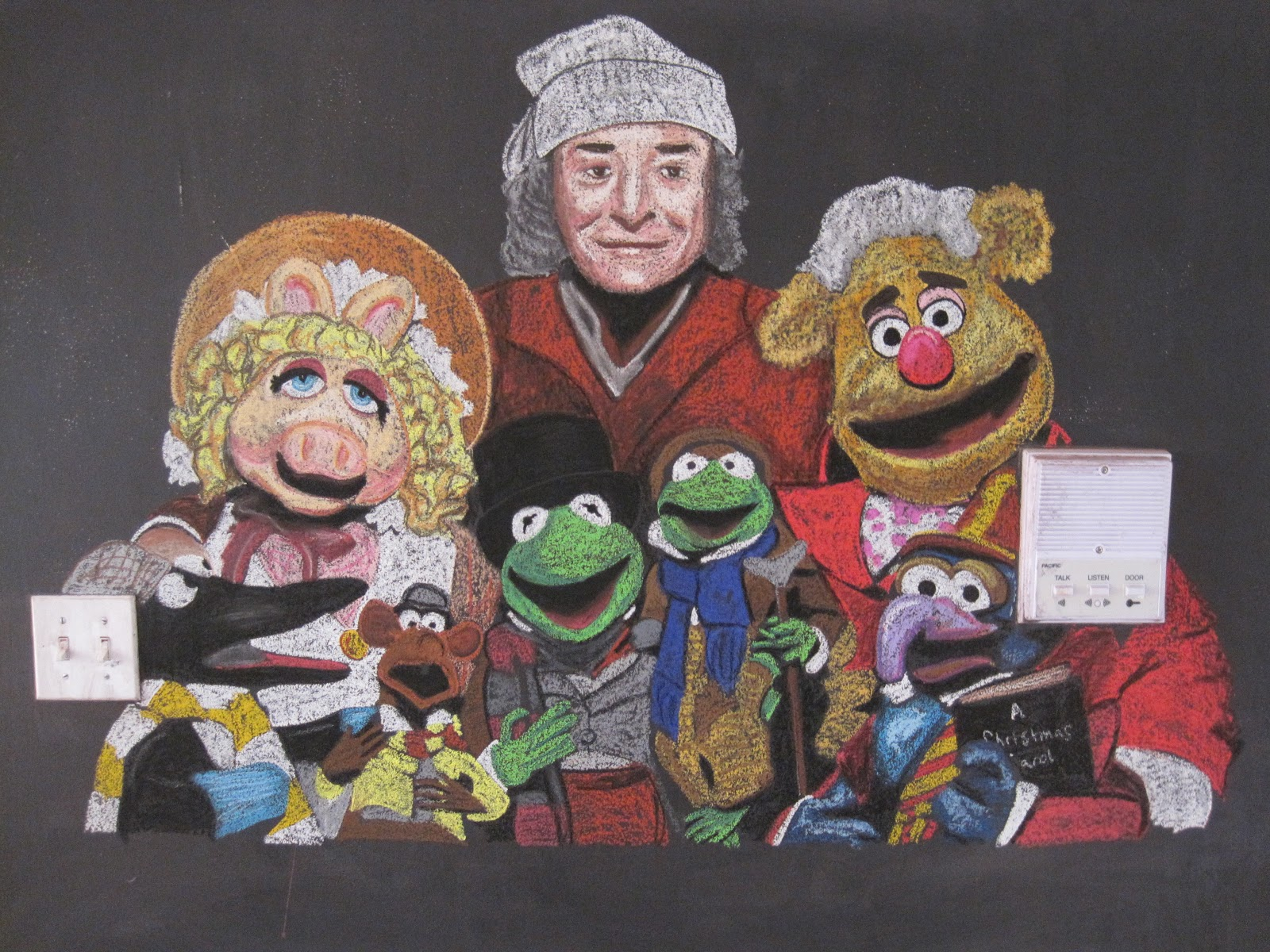 It's a Chalkboard Muralcle!: A Muppet Christmas Carol