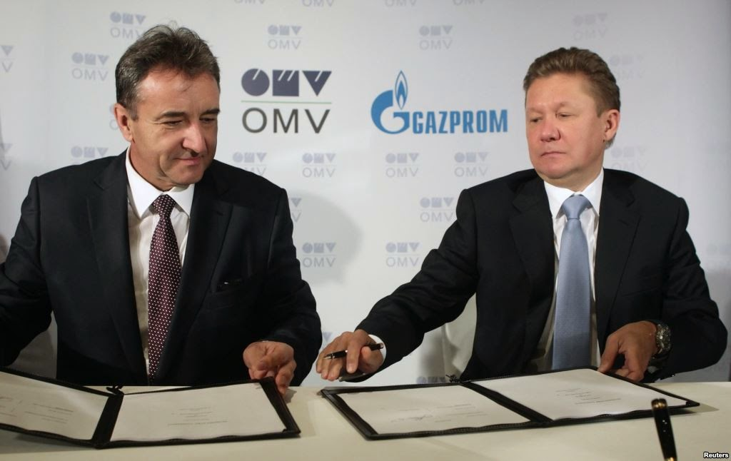 OMV CEO Gerhard Roiss (left) and Gazprom CEO Aleksei Miller