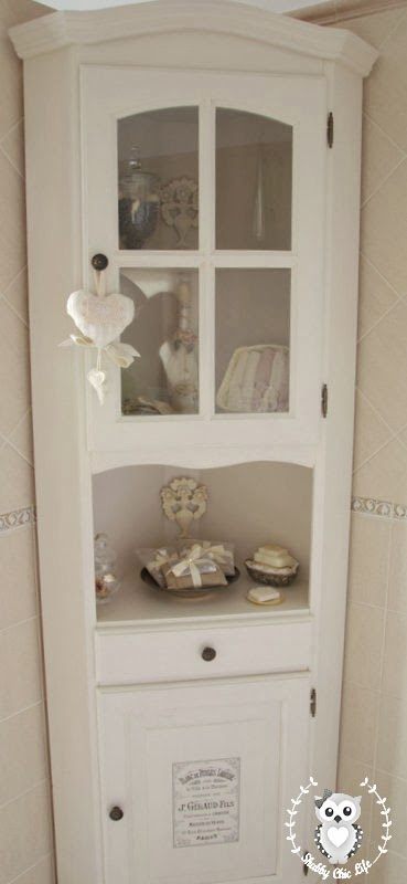 mobile ad angolo shabby chic