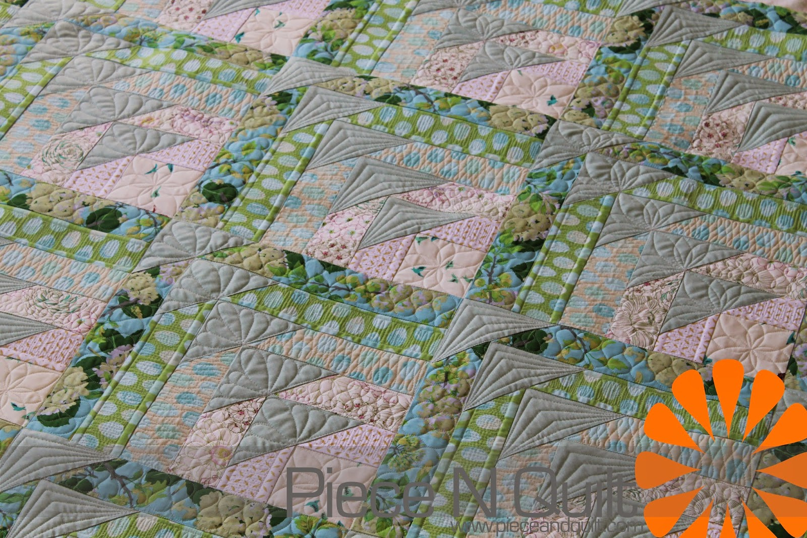 Ideas For Quilting : Piece N Quilt: Custom Machine Quilting - Sharing some Quilting Ideas