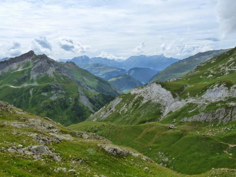 ツールドモンブラン ボンノム峠からの登り