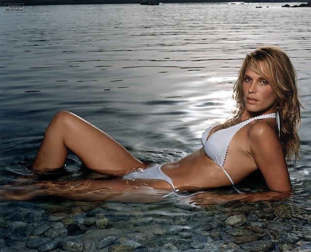 tits-natalie-gulbis-bikini-pictures