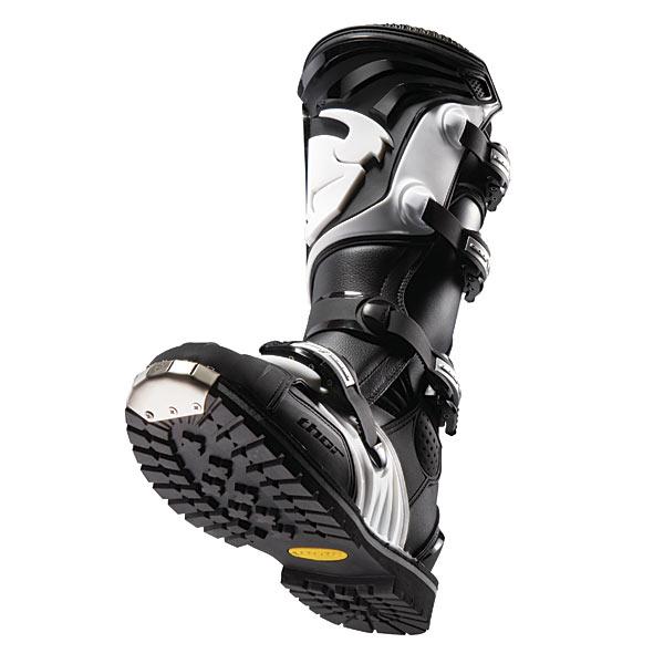 Thor Boots Quadrant1