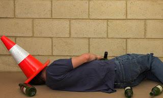 Andar na Universidade diminui o risco de virar alcoólico