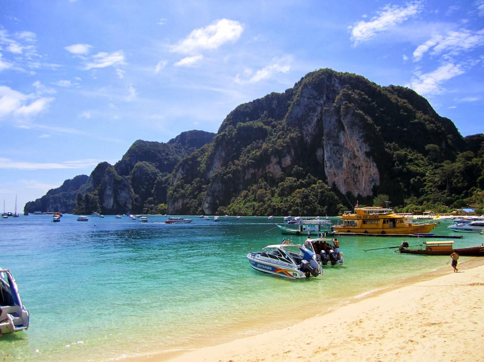 Koh phi phi island,Thailand  Wallpaper view