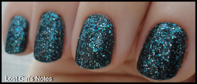 nerd lacquer event horizon review and swatches