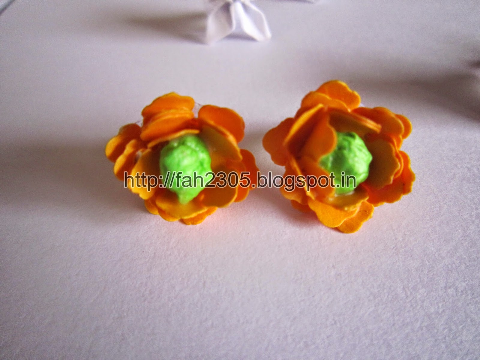 Fah Creations Paper Flower Punch Jewelry Set