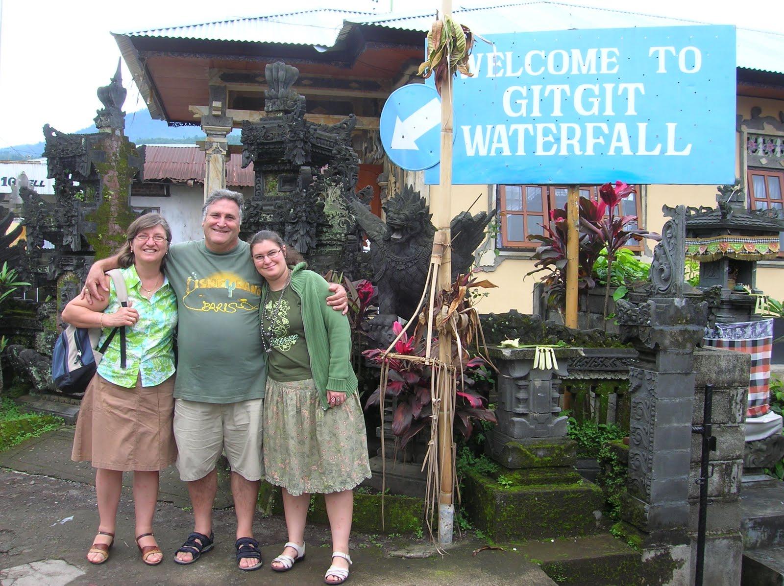 Cascada Git Git, Isla de Bali,Indonesia, vuelta al mundo, round the world, La vuelta al mundo de Asun y Ricardo