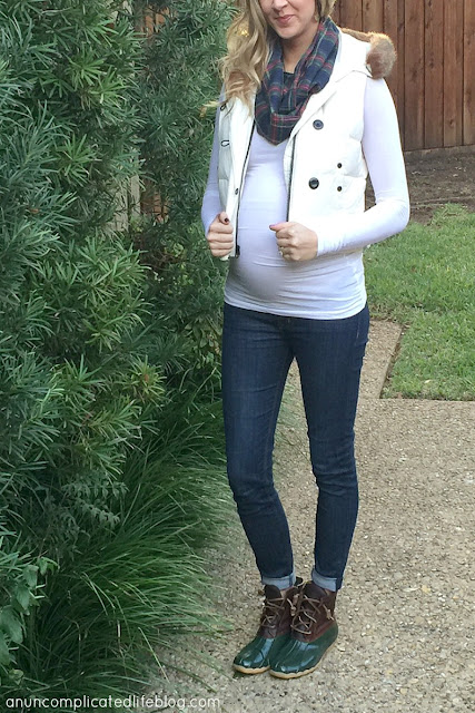 How to layer fabrics for winter maternity fashion and style