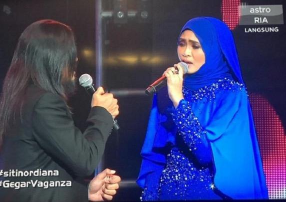 Sultan tertarik dengan Siti Nordiana