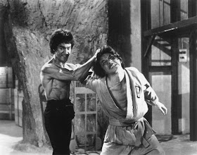 BRUCE LEE VS. JACKIE CHAN