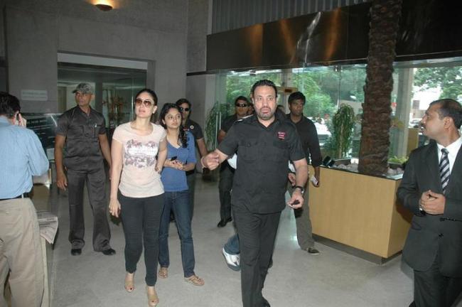 Kareena Kapoor Spotted @ Ahmedabad