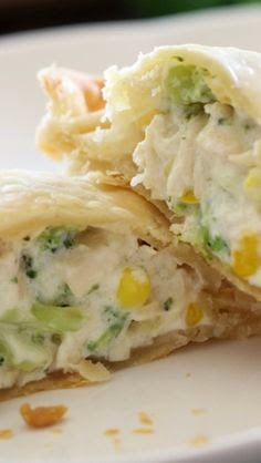 Creamy Chicken & Broccoli Pockets