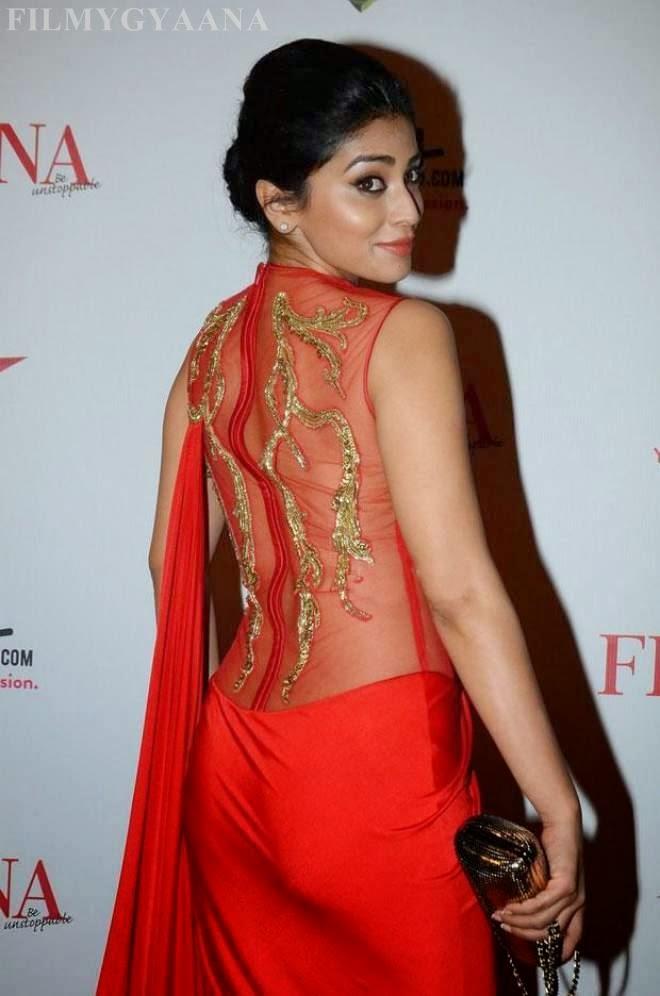 Shriya Saran Latest Cute backless Wallpapers in Red Dress