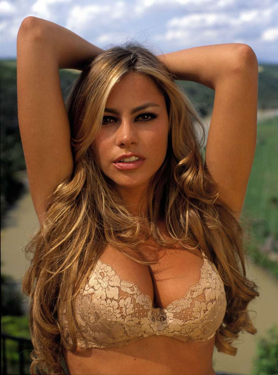 Sofia vergara french maid - Thefappening.pm - Celebrity