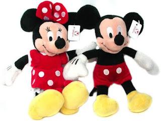 Gambar boneka Mickey dan Minnie Mouse berpasangan 6