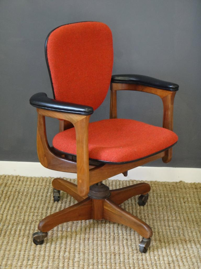 Cool Retro Office Chair W Concord http boston craigslist org bmw fuo html