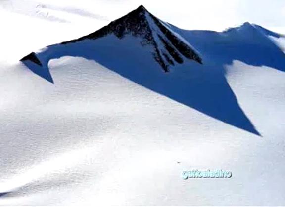 SaLuSa to Laura – Antarctica Pyramids Antarctic-pyramid3