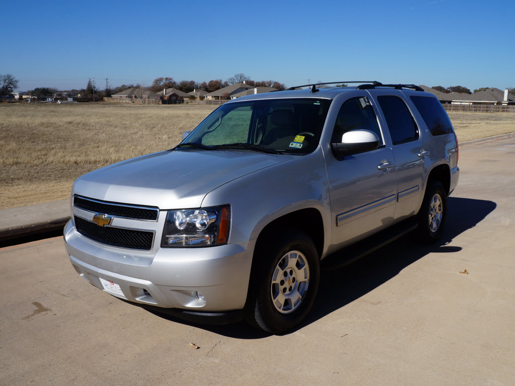 2010 Chevrolet Tahoe 4x4 Silver Sunroof Dvd 43k Miles Tdy