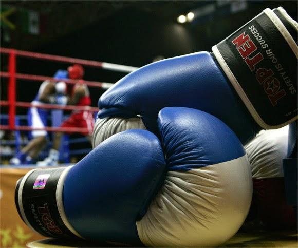 Monta un centro de boxeo