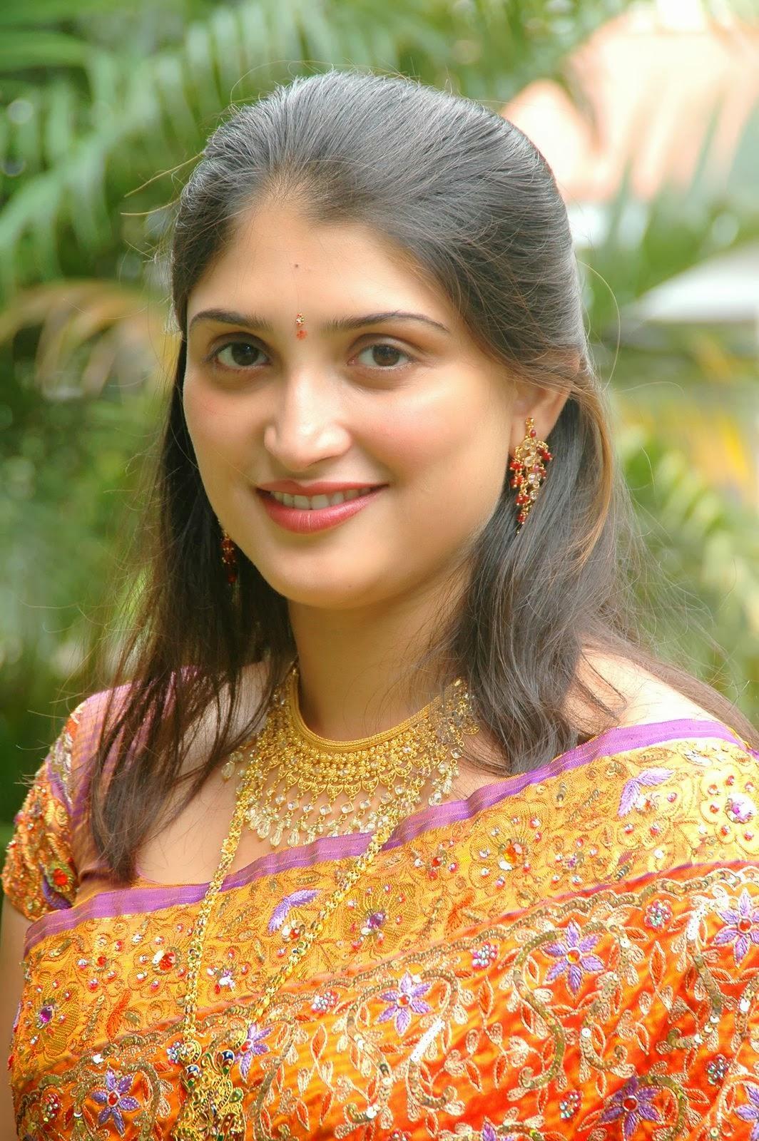 South Indian Actress: Kerala Mallu Desi Masala Girls-4