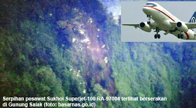 foto pesawat sukhoi superjet 100 ra-97004