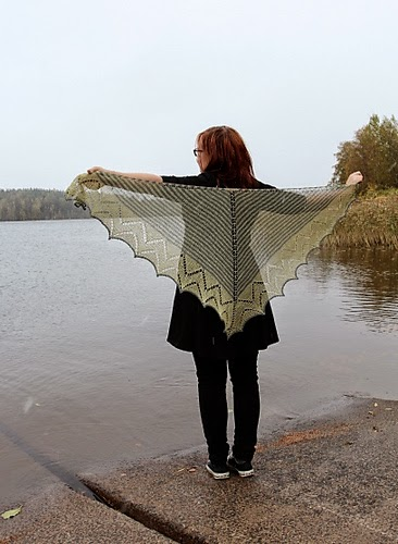http://www.ravelry.com/patterns/library/kottarainen