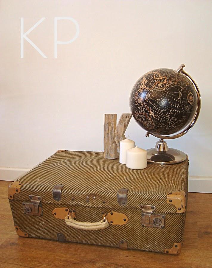 Comprar maleta antigua original abierta