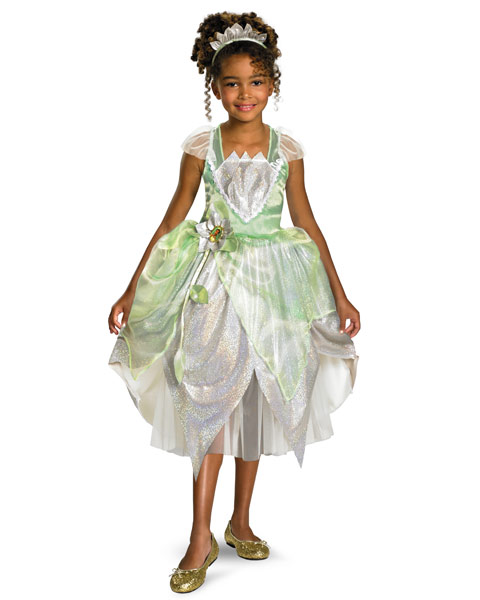 Review: Wholesale Halloween Costumes ~ Disney's Deluxe Princess ...