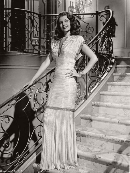 The Times New Roman Rita Hayworth 1918 1987