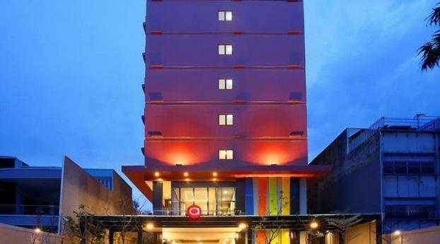 Hotel Yang Beralamatkan Di Jalan Pasar Baru Timur No 20 21 Jakarta Ini Mempunyai Jumlah Kamar 102 Bagi Bayi Dan Anak Berumur 0 10