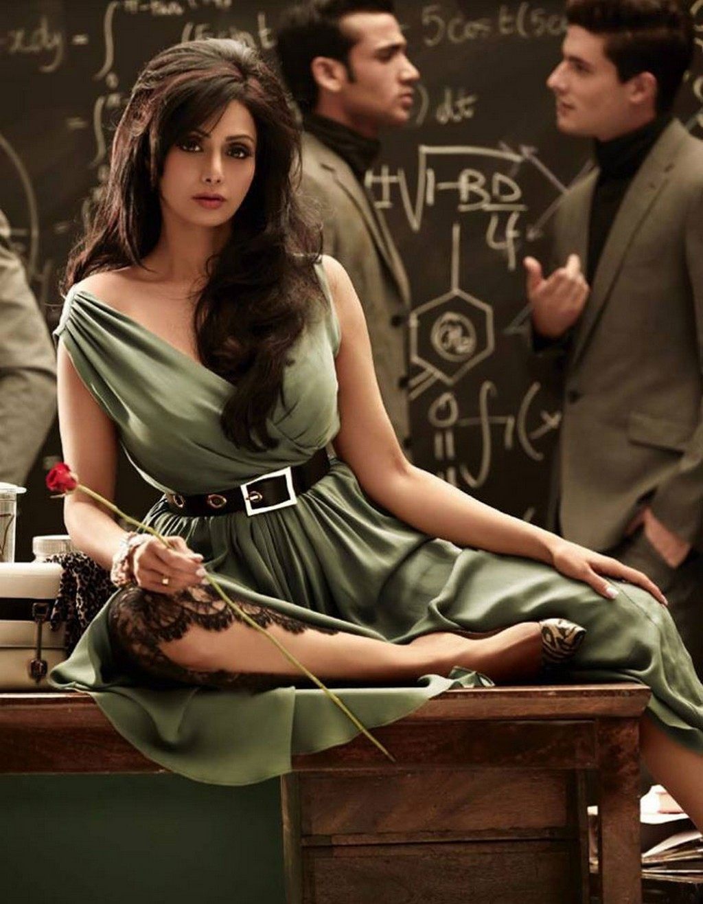 Labels: Bollywood Actress