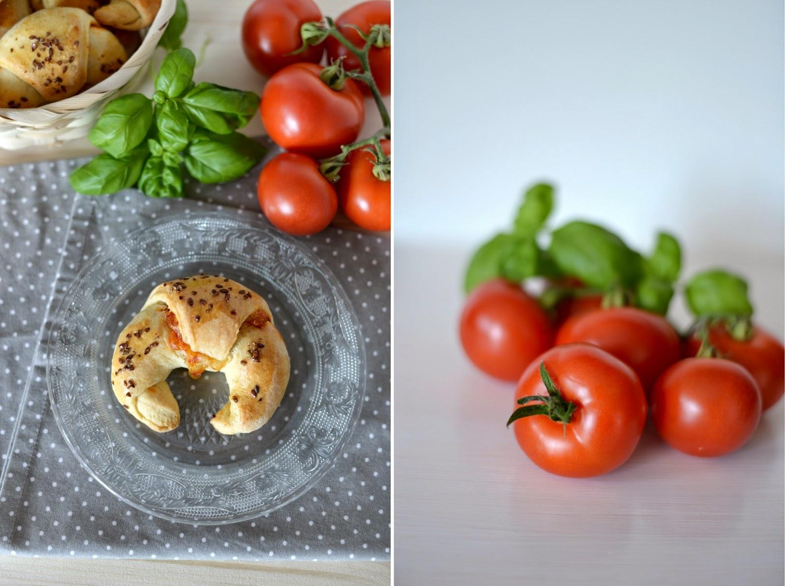 kipferlundkrapferl, rezept, recipe, blog, foodblog, foodblogger, food, tomate, mozzarella, tomato, kipferl, hörnchen, lecker, yummy, herzhaft, frühstück, jause, party, snack, partysnack