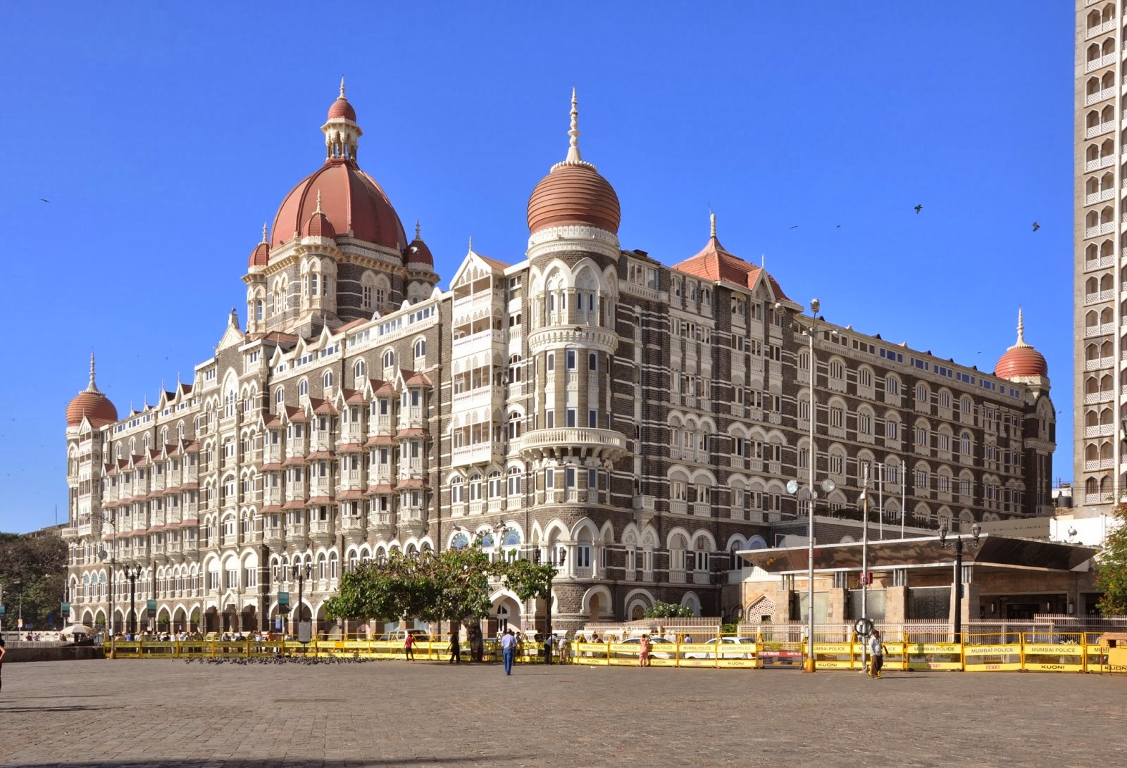 Hd wallpaper taj mahal - The Taj Mahal Hotel Mumbai Hd Wallpapers