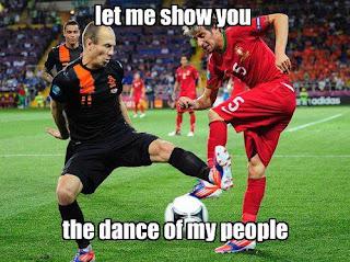 Euro 2012 Humor Trolling Photos Robben+dancing+Euro+2012