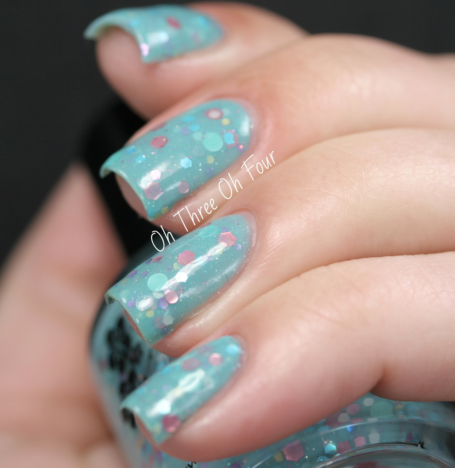 KBShimmer Laugh Myself Lily swatch