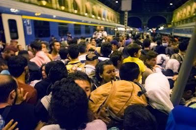 bevándorlás, Budapest, illegális határátlépés, Keleti pályaudvar, Magyarország, migránsok,