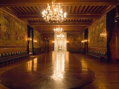 La Mesa de las Cien Comidas del Chateau (Castillo) de Pau