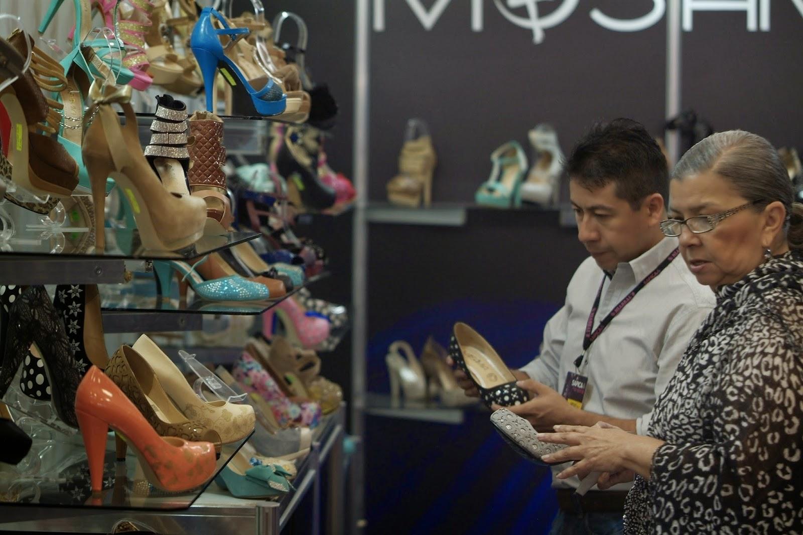 compradores, calzado de mujer, sapica, alta moda, calzado mexicano, sapica marzo 2014, compradores.