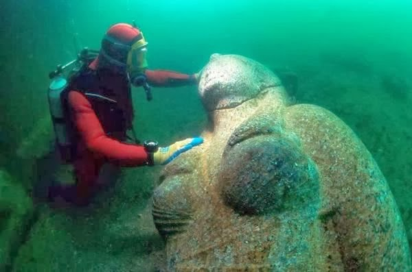 Colossus of a Ptolemaic Queen