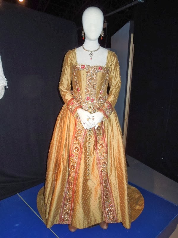 Doctor Who Day of the Doctor Queen Elizabeth I costume
